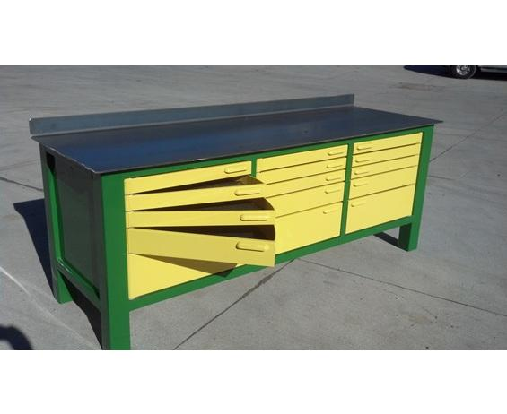 Work Bench with Drawers